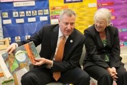New York City Mayor Bill de Blasio, left, and Schools Chancellor Carmen Farina. File photo.