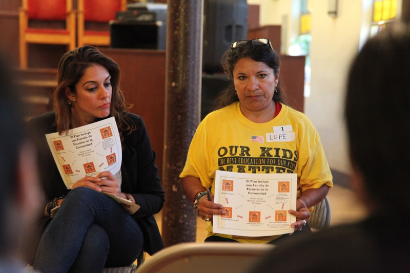 Lupe Aragon, a parent of a fourth-grader at 20th Street Elementary, speaks to a group about Los Angeles Unified's plan to overhaul the school.