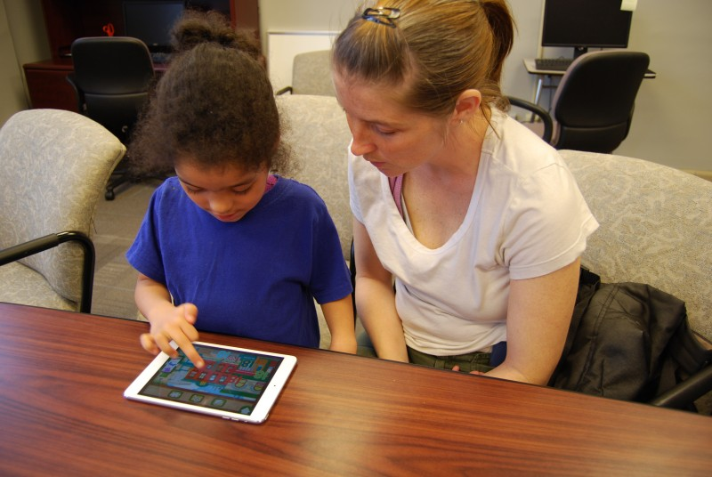 Teaching preschoolers to use computers — along with their parents