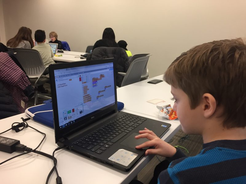 Chris Berdik IMG 3039 800x0 c default - CoderDojos get kids psyched about programming by turning them loose