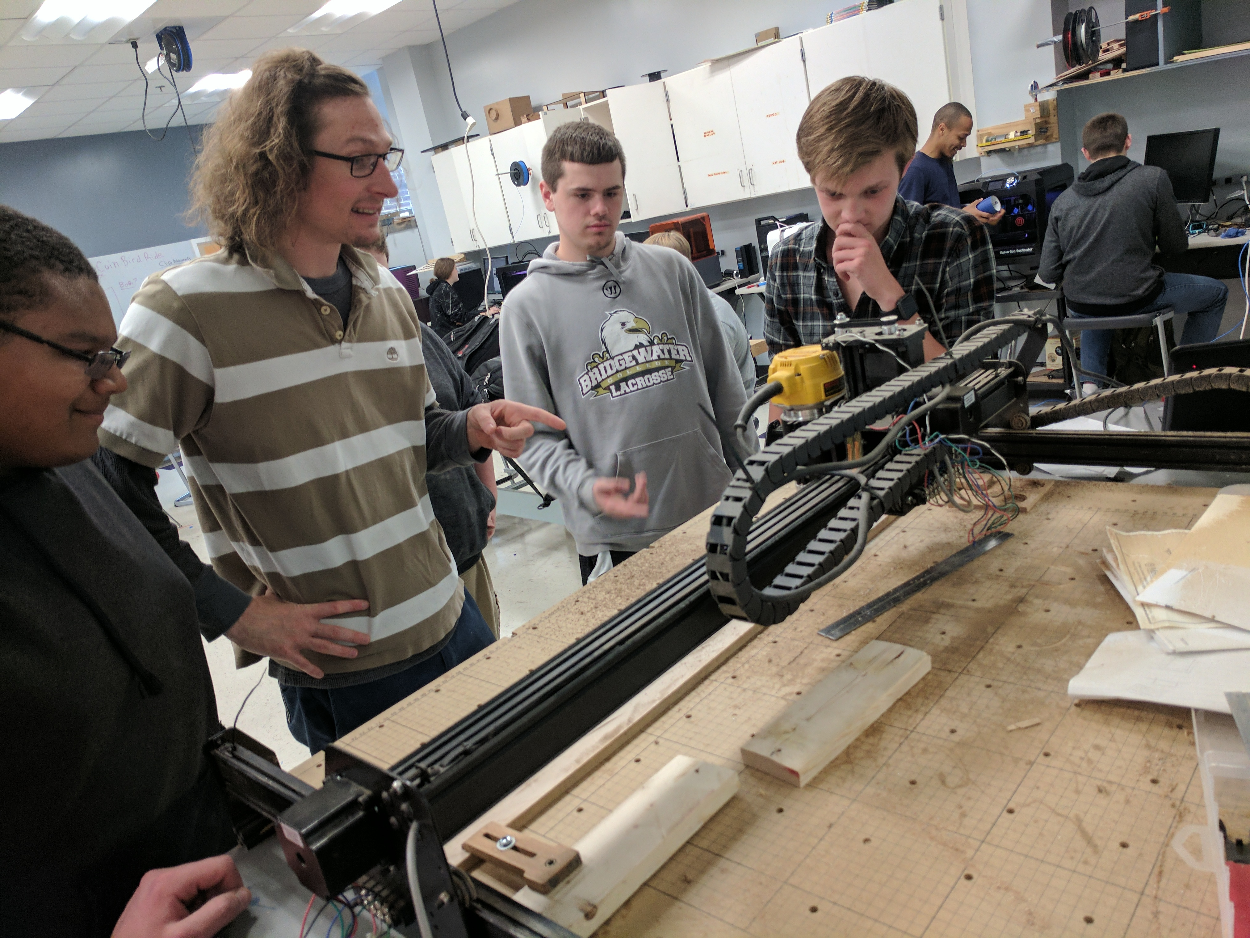 A school district is building a DIY broadband network - The