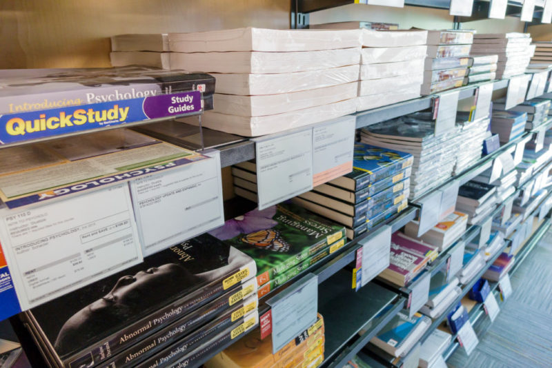College Books For Sale >> Nothing Says Welcome To College Like Exorbitant Textbook Prices