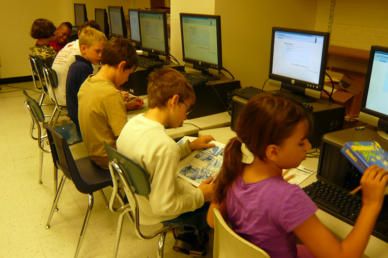 students spending more time playing computer