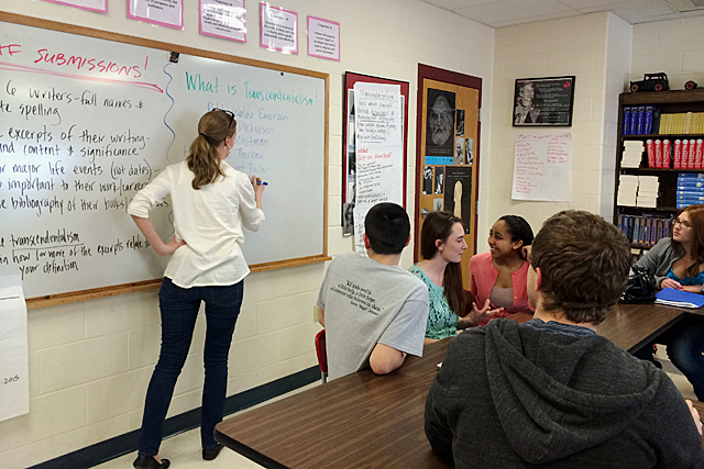 Jenny Wellington at the whiteboard. (Photo: Emily Richmond)